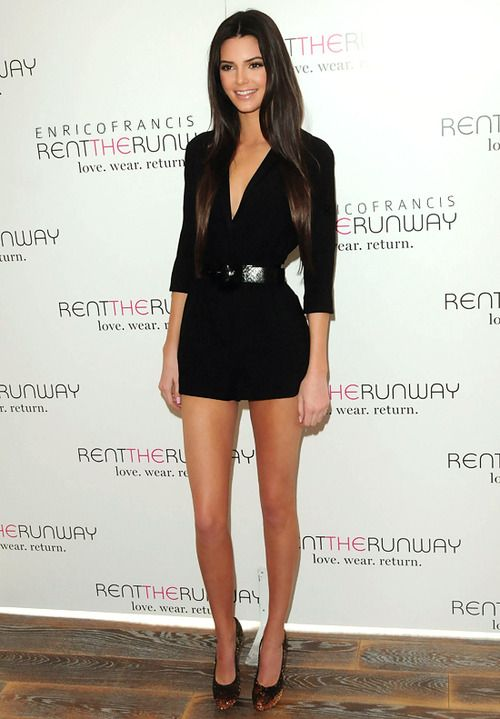 kendal jenner  love her outfit and hair  2ad8c9a40818