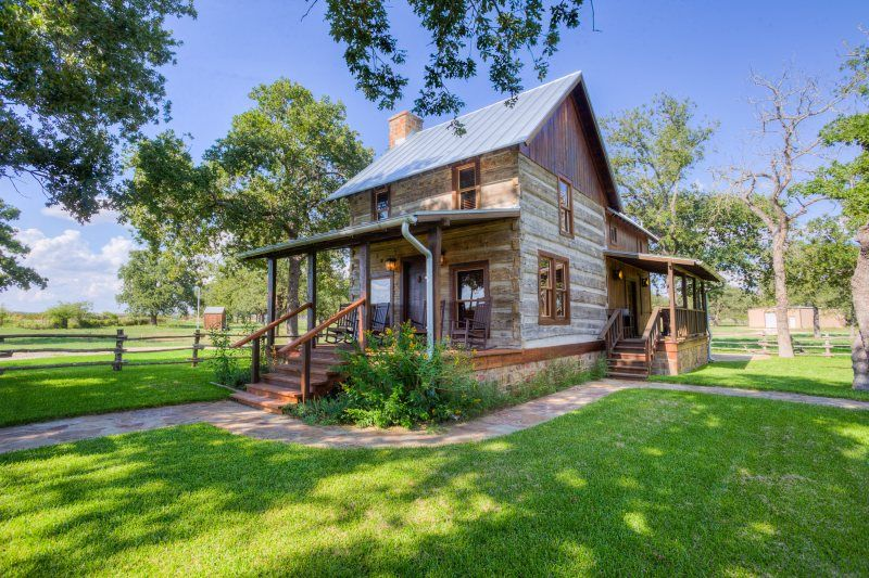 Cabins In Texas | Weinland Haus | Absolute Charm