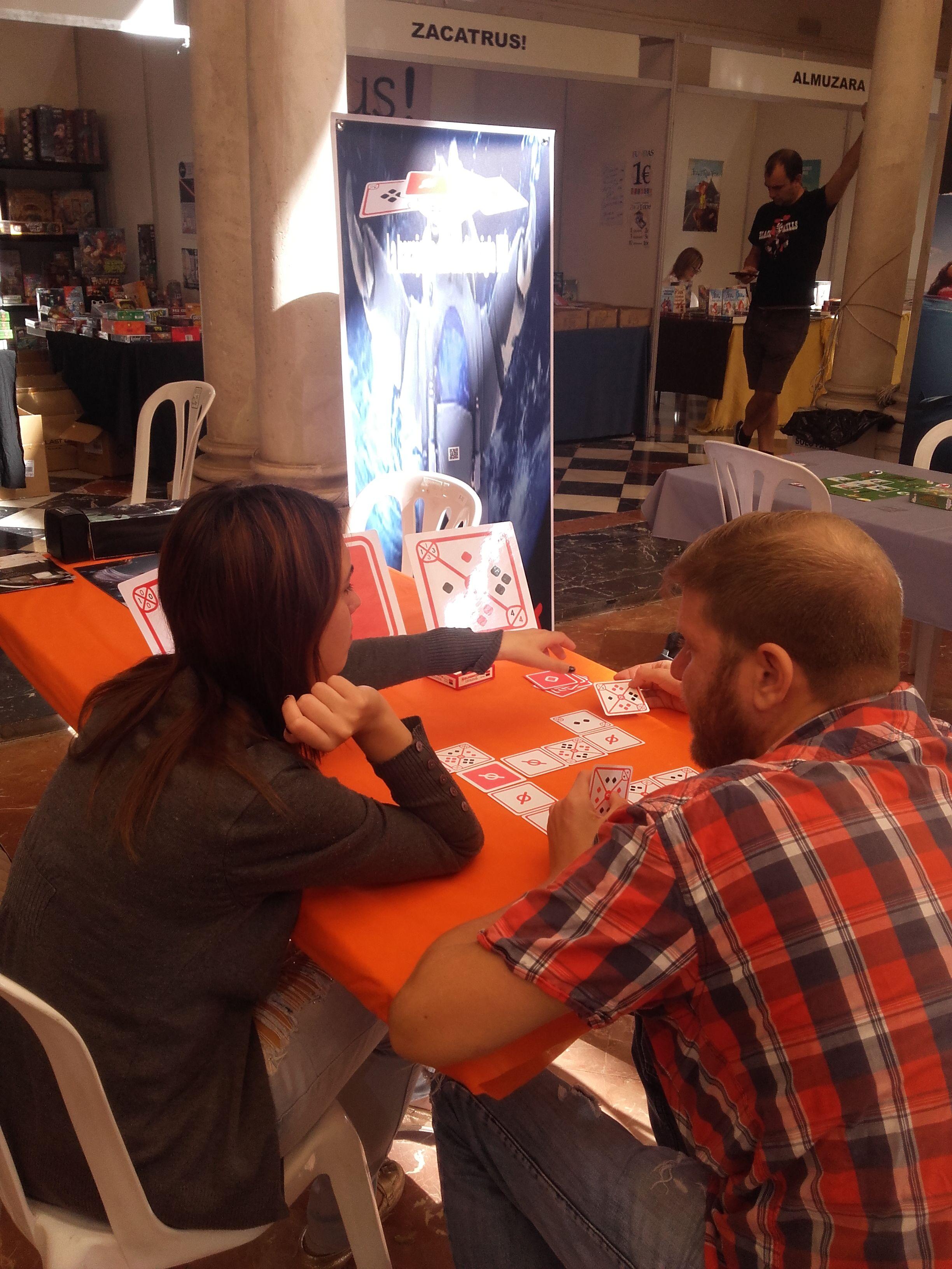 #festivalinternacionaldecordoba invitado por @ESTALIA_CORDOBA mañana dia 14 de 11,15 a 13,30 horas #juegosdemesa #boardgames #dominó #cartas