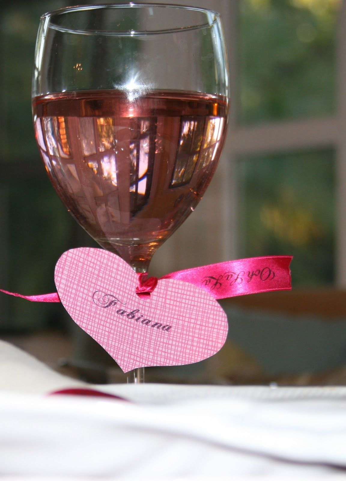 Valentines Dinner Party Ideas Part - 15: Cute Heart Shaped Name Tags: Valentineu0027s Dinner Setting