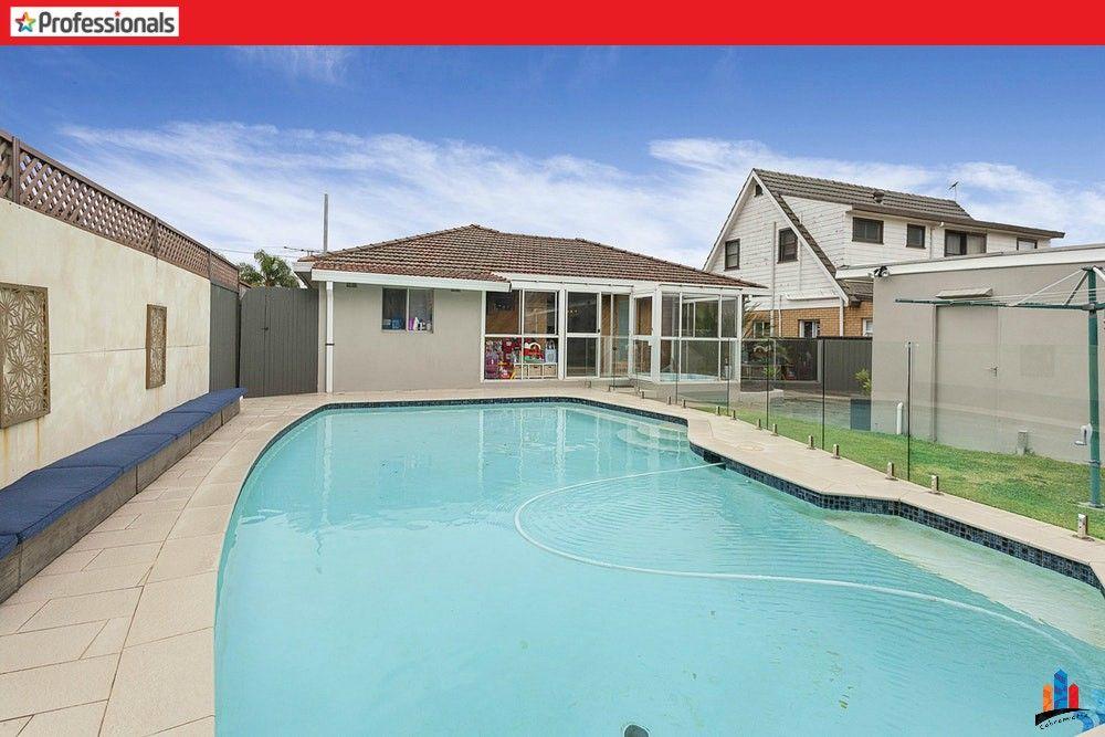 For Sale At Revesby   3 Bedrooms  1 Bathroom  U0026 2 Carport