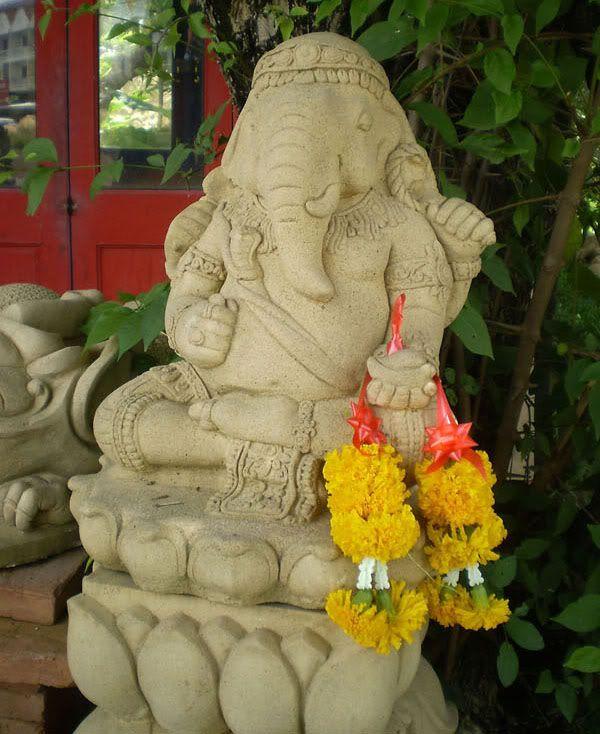 Haddonstone Garden Statue Hindu Genesh | Lord Ganesha On Lotus Sandstone Outdoor  Garden Statue Sculpture Hindu