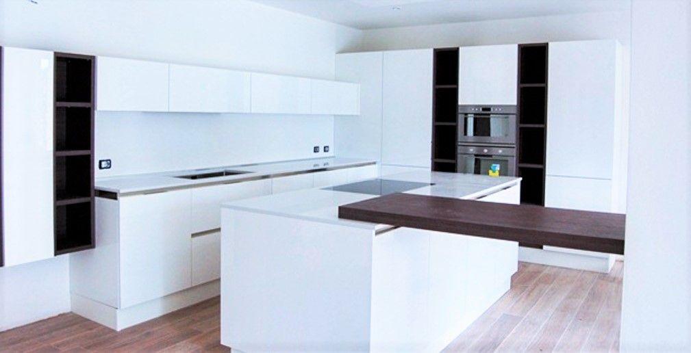 Cucina Moderna Bianca Laccata.Pin Su Come Arredare Una Cucina Moderna Bianca