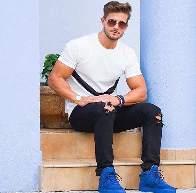 Famous Outfits | Celebrity Men's Fashion Outfits