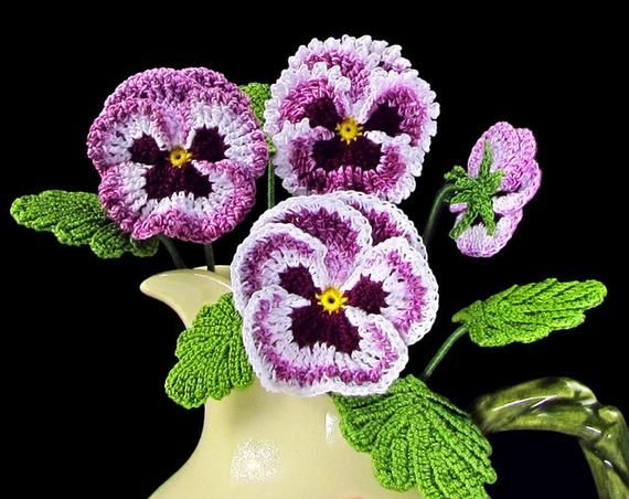 Irish Crochet Pansy PATTERN, Crochet Flower Bouquet, PDF Photo Tutorial. Skill Level: Experienced #irishcrochetflowers