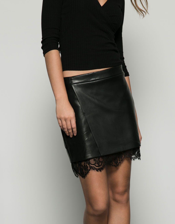 Jupe courte cuir synth tique avec dentelle en bas jupes bershka france wish jeans shorts - Tenue avec jupe en cuir ...
