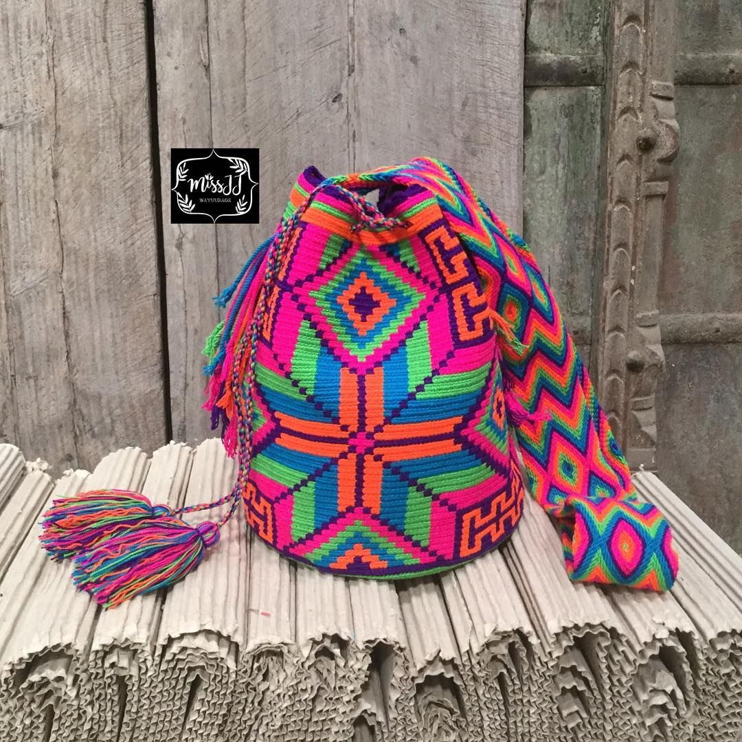 ❌sold ka❌New Arrivallarge wayuu bag พร้อมส่งค่ะขนาดใหญ่รุ่น5สีค่ะ28*30ซม +-ค่า #wayuubag #wayuumocila #wayuulover #colombianbag #mochila #boho #bohemian #chic #boho #bohochic #vintage #vintagechic #hippie #chic #thankyouforyoursupport #missjjwayuubag #missjj #colorsmakemyday #พร้อมส่ง #ตามหา #ตามหากระเป๋าโคลัมเบีย #กระเป๋าโคลัมเบีย #นำเข้าเองค่าา #กระเป๋าถัก #thailand #thaistagram #siambrandnamethailand #ขาย#ตามหา