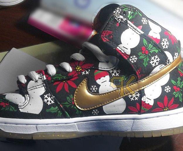 sale retailer 19886 cb104 Nike SB Dunk High BLACK CHRISTMAS | The year of the gentlemen | Nike ...