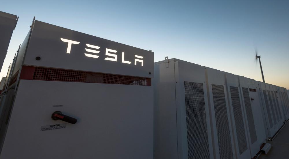 Tesla S Big Battery In South Australia Just Had Its Most Impressive Quarter Yet Big Battery Tesla Battery Tesla