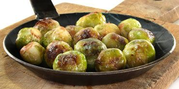 Easy Balsamic Roasted Brussels Sprouts. I could eat these every meal.