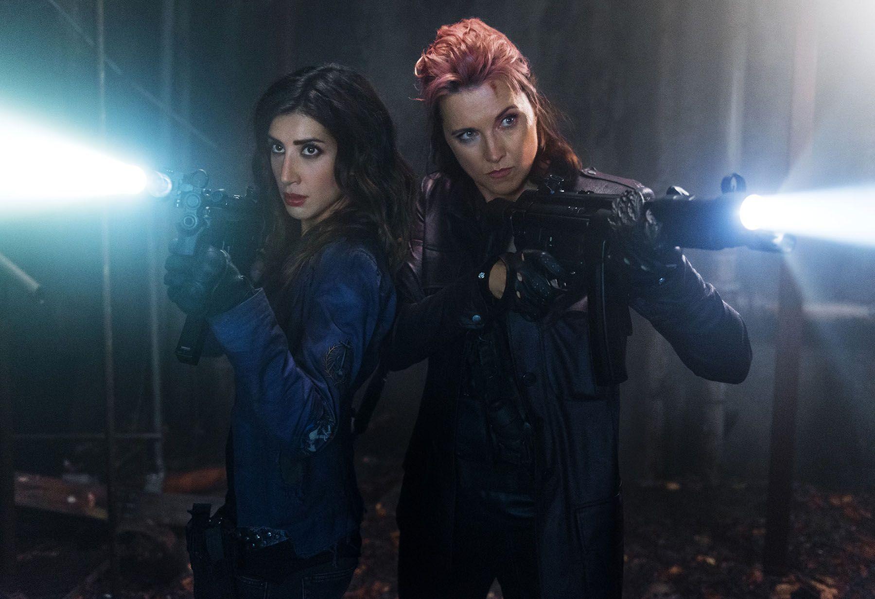 Ash Vs Evil Dead Season 2 Lucy Lawless On Topping Season 1 Lucy Lawless Ash Evil Dead Evil Dead Series