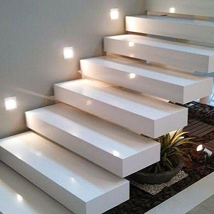 Resultado de imagem para rodapes modernos house for Escalera 5 pasos afuera