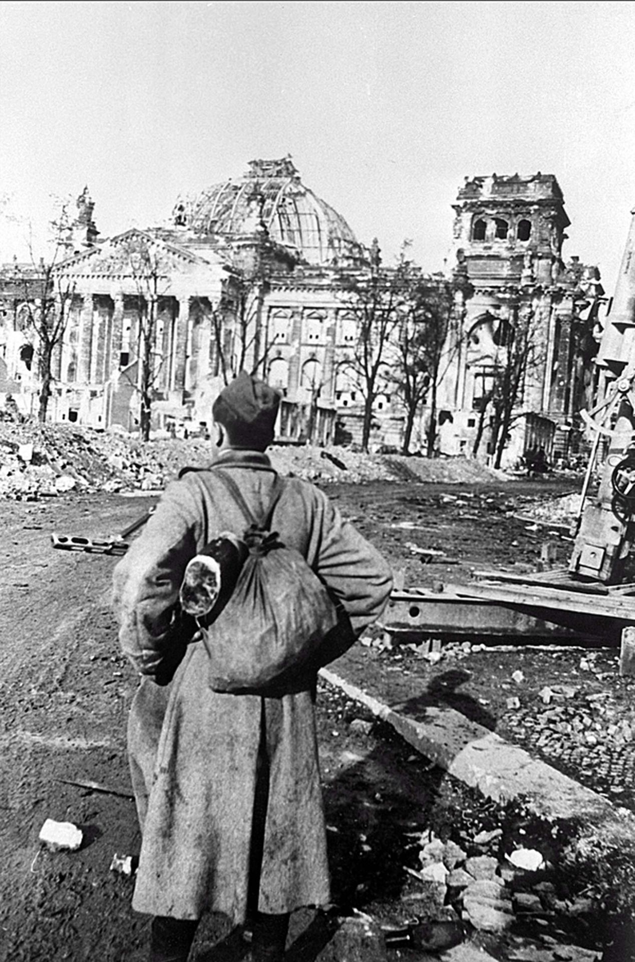 """thebeautyandthehorror: """" Mikhail Makarov, soldier, infantryman, who reached Berlin. Front of the Reichstag. Location: Berlin, Germany Time taken: May 1945 Author: Anatoly Morozov """""""