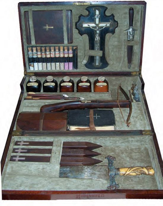 Original 19th Century Vampire Killing Kit. Always wanted to own an original
