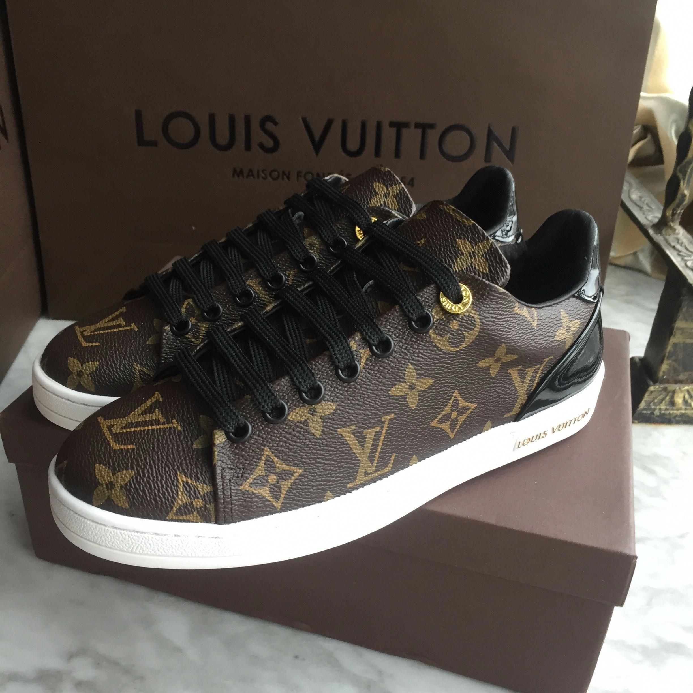 45e86b482fbc Louis Vuitton Lv woman man unisex shoes sneakers  Louisvuittonhandbags