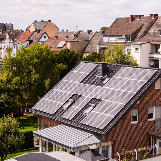 Invest In Solar Energy Wisely Renewable Energy Solar Panels Solar Energy Panels Renewable Solar