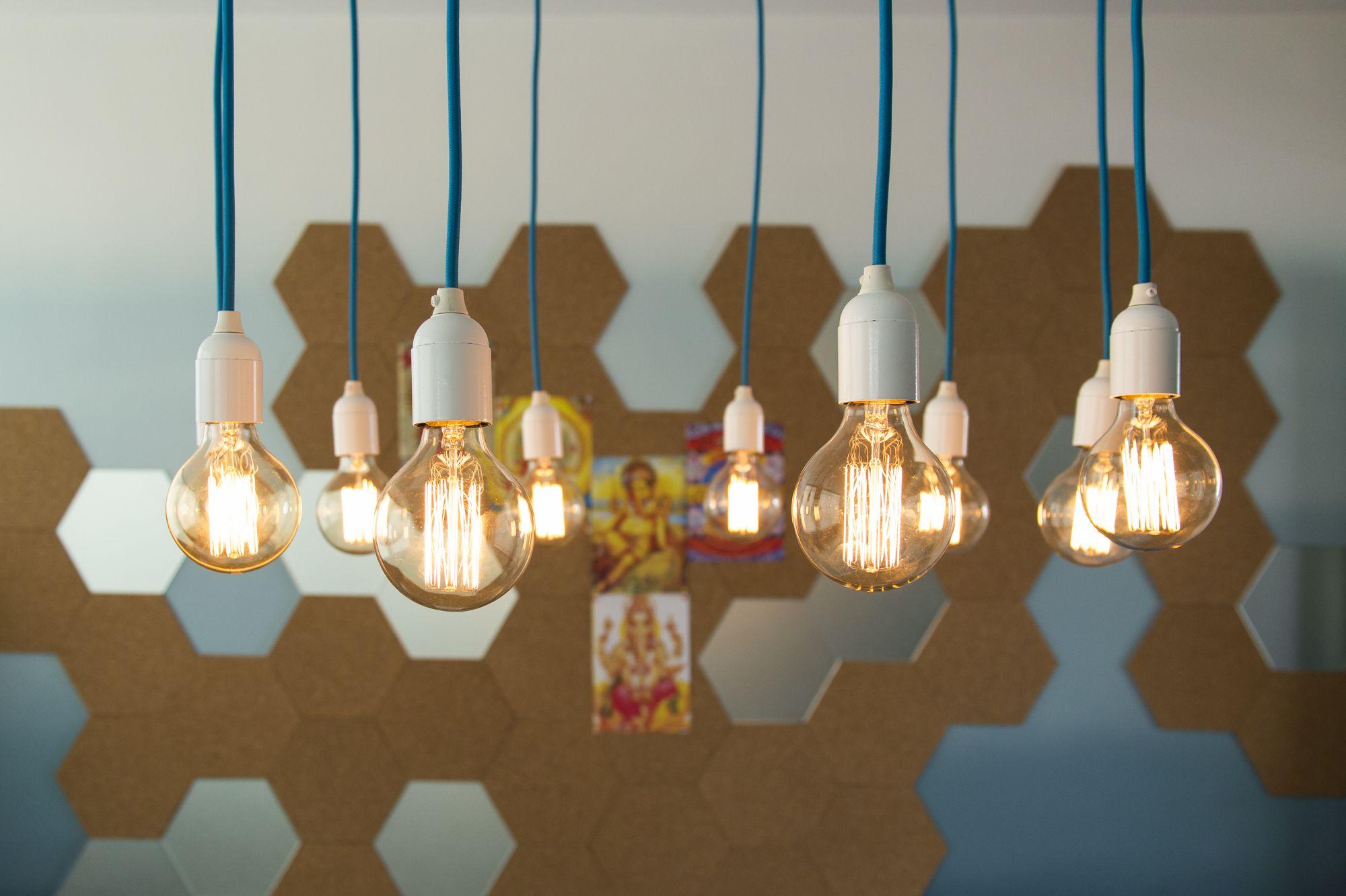 Decora Rosenbaum Temporada 3 - Copa. Composição lâmpadas de filamento. Foto: Felipe Felco Valle
