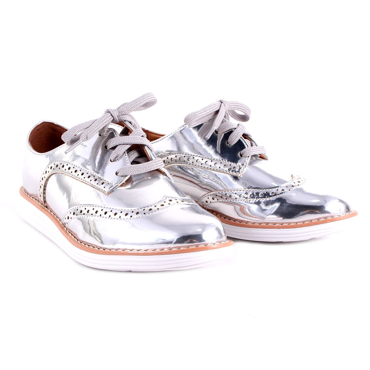 44c2638c7 Sapato Oxford Vizzano Prata Metalizado Oxford Vizzano, Marcas De Calçados  Femininos, Sapatos Metalizados,