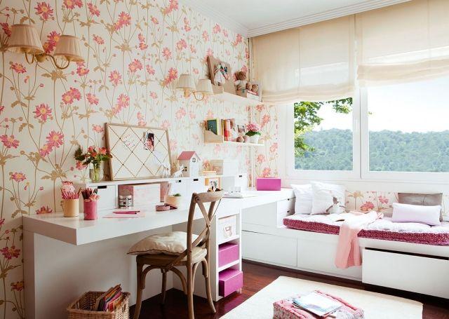 Wandgestaltung Jugendzimmer Mädchen Tapete Blumenmuster Weiße Möbel Stauraum