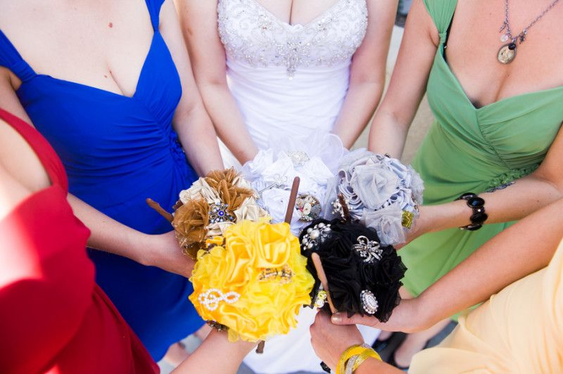 Hardcore Harry Potter wedding, with bridesmaids in House colors