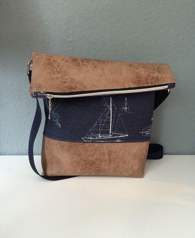 Umhängetaschen FoldOver Tasche, Kunstleder, Segelboot