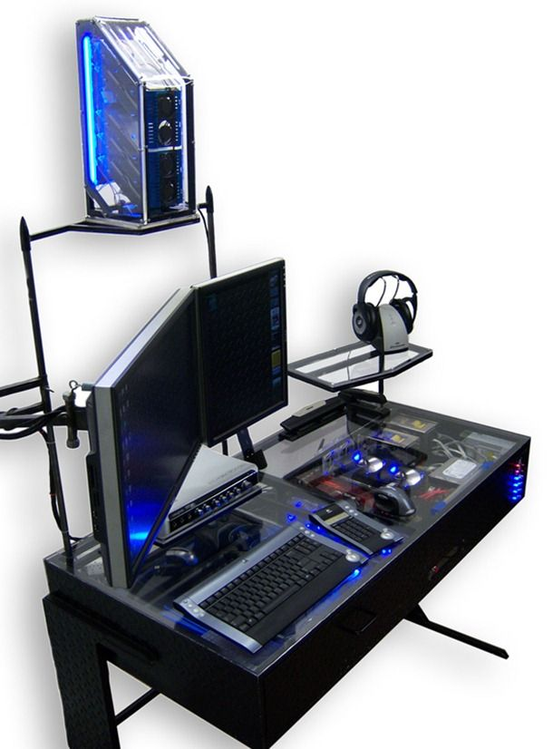 Pc Casemod Integre Dans Un Bureau Bureau Pour Gamer Bureau Ordinateur Bureau Pc