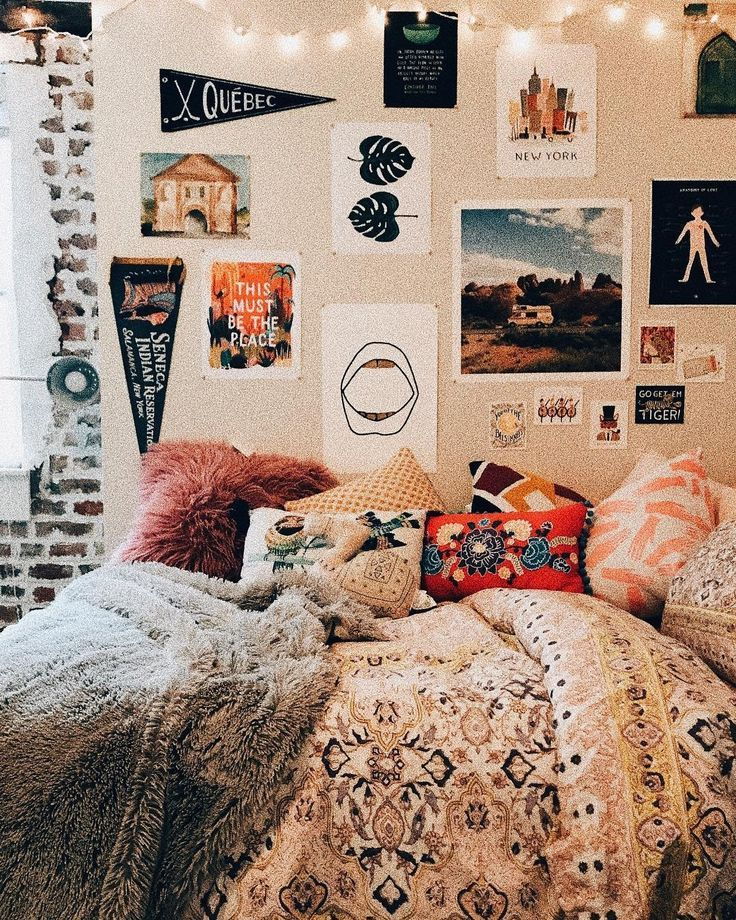 Cheap Apartment Room: Cheap Apartment Gallery Wall