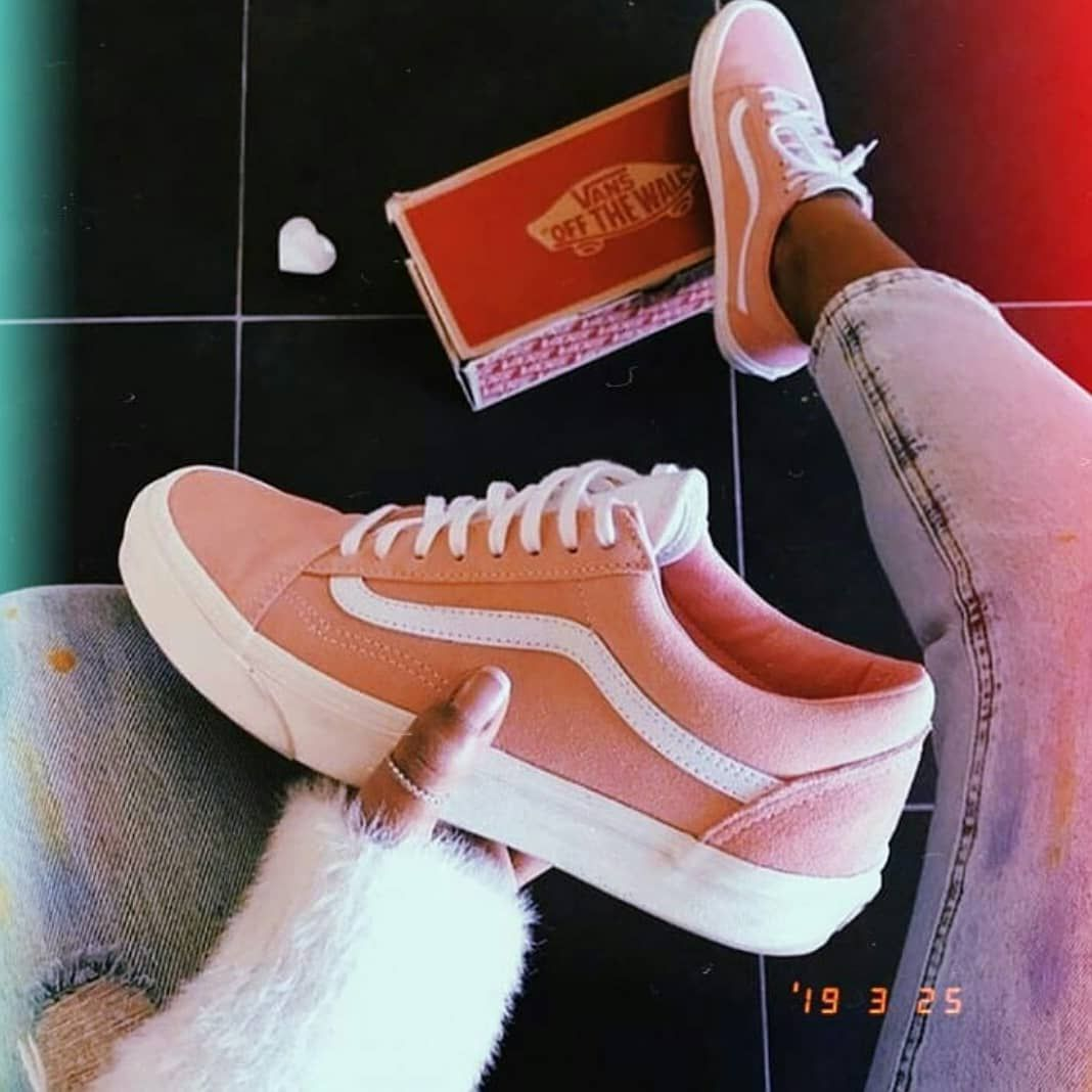 Tag a VANS Lover❤ in 2020 | Best casual shoes, Sneakers