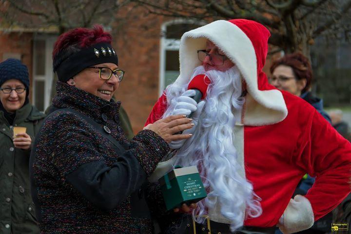 Frohe Weihnachten in Heudeber Zum Heiligen Abend spannte der ...