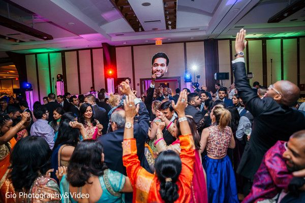 Indian wedding reception party httpmaharaniweddings indian wedding reception party httpmaharaniweddingsgallery junglespirit Images