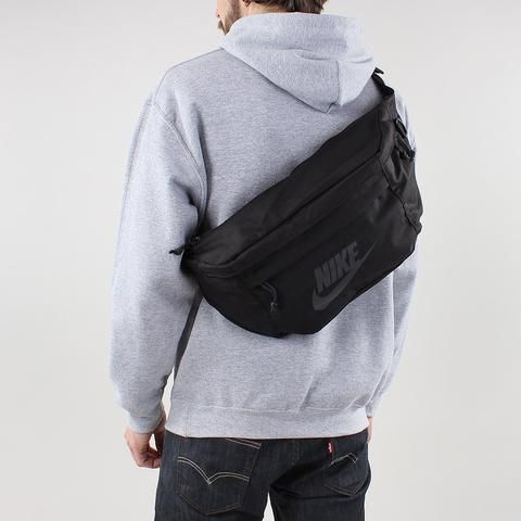 Indispensable Trip Dinky X Shoulder Bag White Urban Industry In 2020 Nike Outfits Sport Outfits Nike Tech