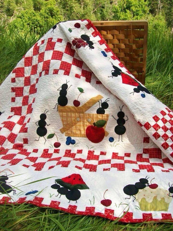 Picnic quilt. Aren\'t the ants cute! | Quilts | Pinterest