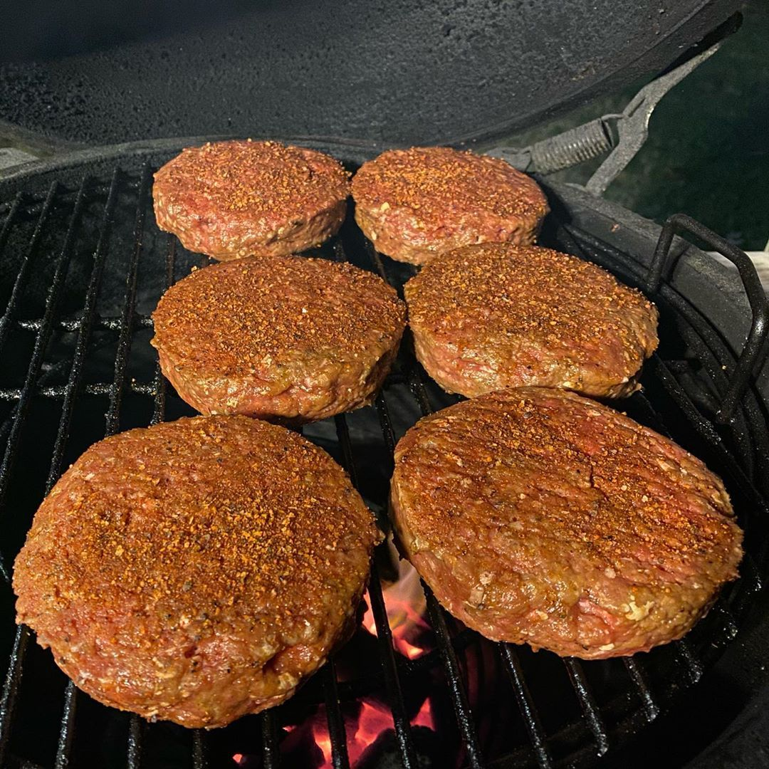 Stuffed burger tonight on the @biggreenegg let's go