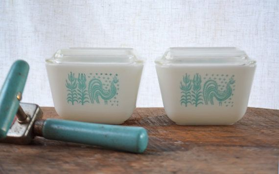 Turquoise Pyrex Dishes  Original 1950's Glass by Vintassentials