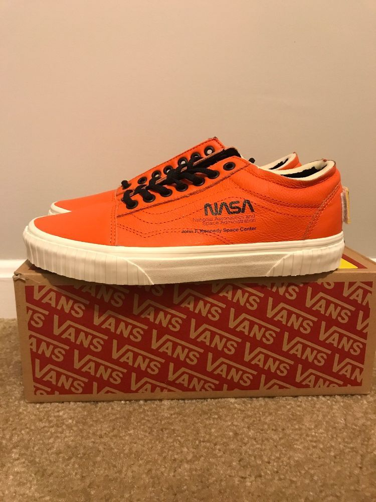 ed4e6743102184 Vans x NASA Old Skool Space Voyager Firecracker Orange New In Box 8 Men s