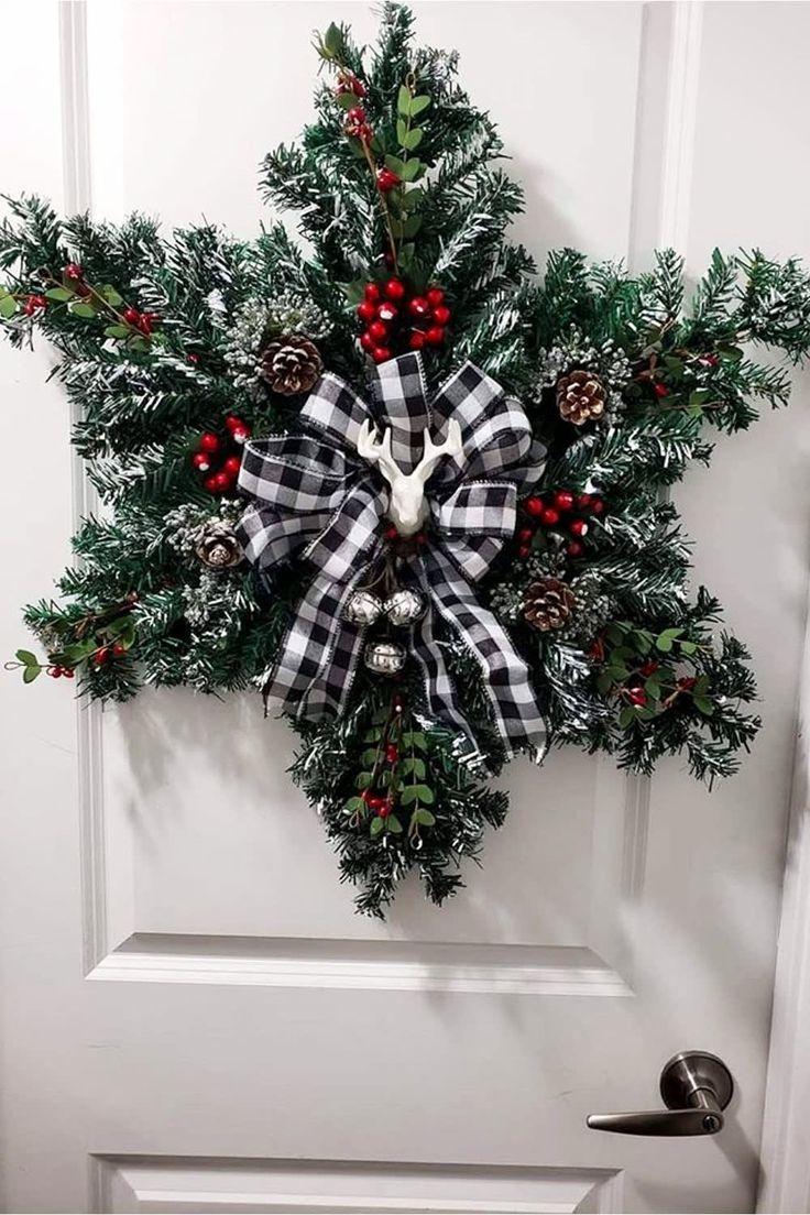 Diy Farmhouse Christmas Decor And Country Style Christmas Decorations For Your Home Country Christmas Decorations Christmas Wreaths To Make Christmas Decorations