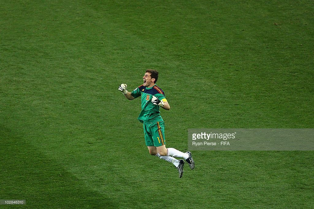 Iker Casillas Captain Of Spain Celebrates Winning The World Cup World Cup Fifa World Cup Iker Casillas