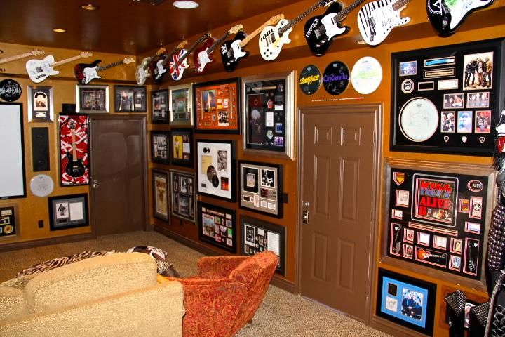 The Official Man Cave Site Rock N Roll Man Cave Man