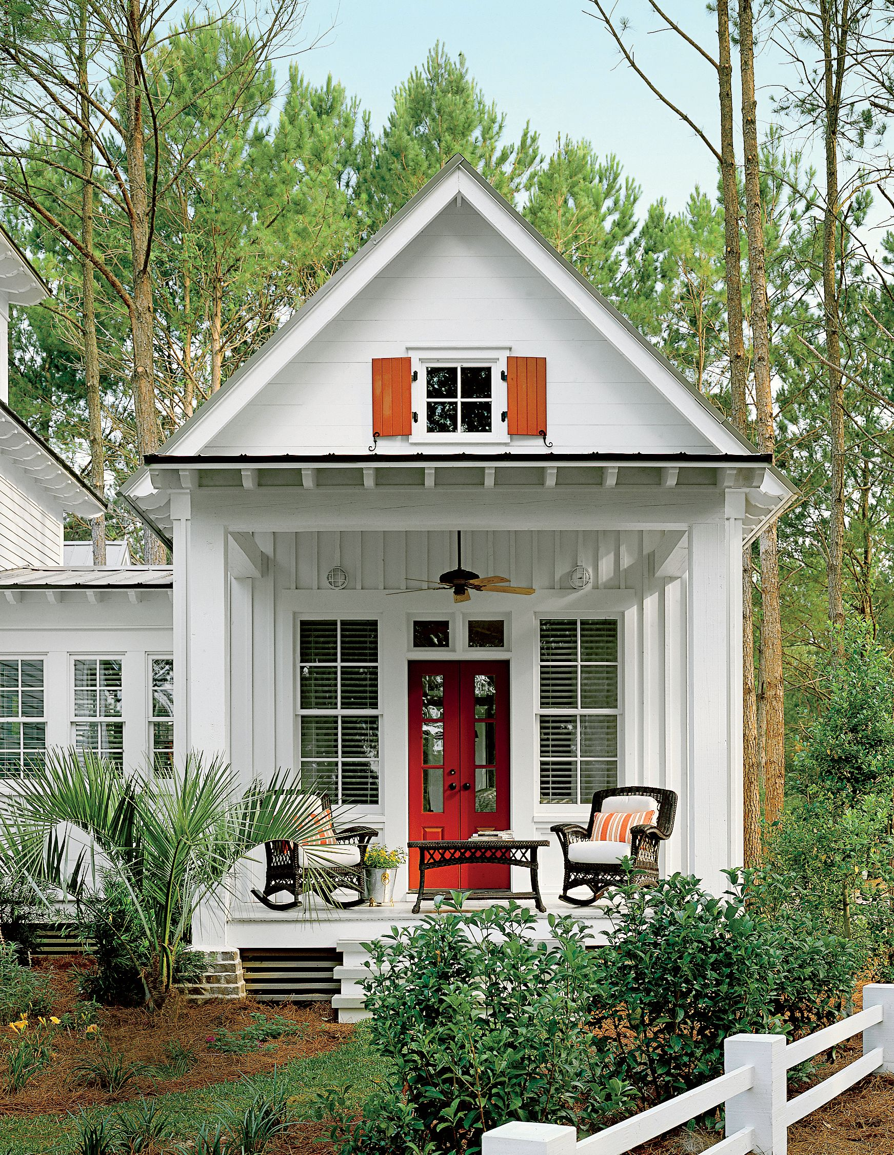 Small Country Living Room Ideas: 2016 Best-Selling House Plans
