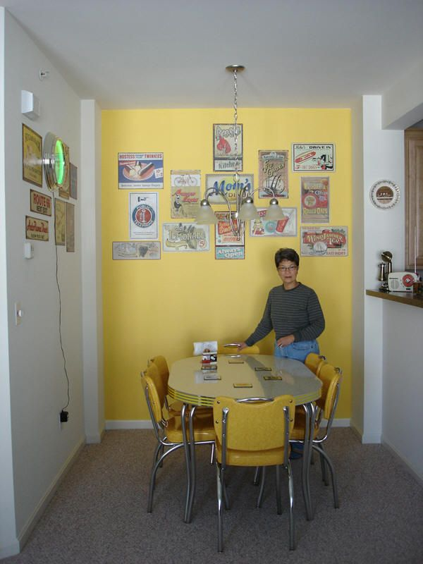 1950s Yellow Kitchen. I love those tables & chairs!! I\'ve got the ...