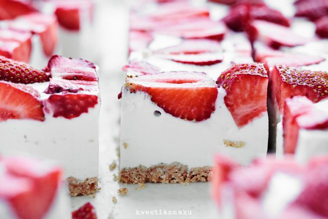 Coconut Strawberry Dessert
