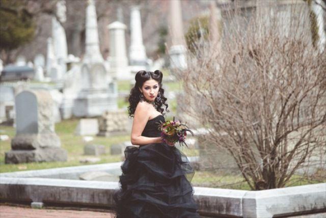 maleficent-wedding-fantasy-shoot-5.jpg (640×428)