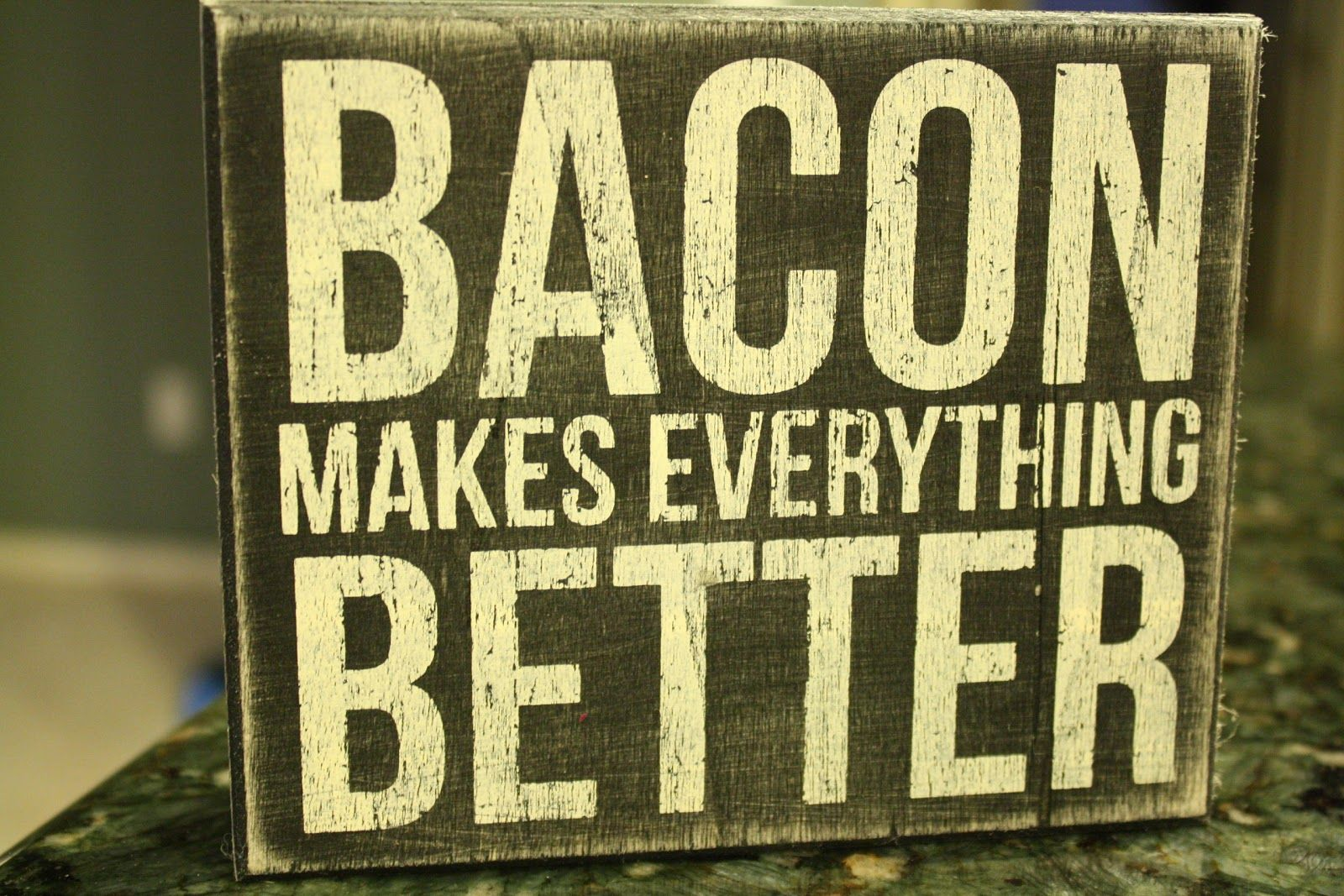 Bacon Themed Gifts | Bacon Dippers Gallery: Bacon Decor | want ...