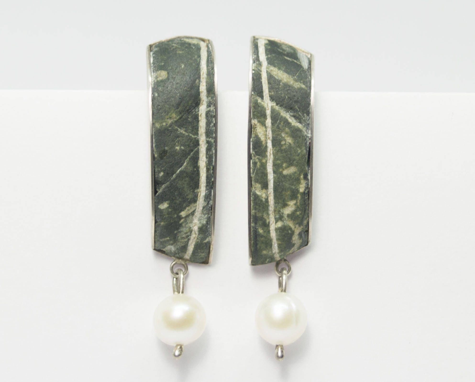 Silberohrringe mit Perle, Perlenohrringe, Ohrring mit Rohstein ...