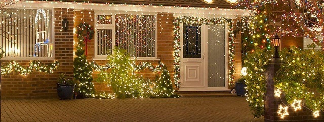 Immagini Natale Luci.Luci Di Natale Da Esterno Ed Interno Moranduzzo Luci Di Natale Luci Natale