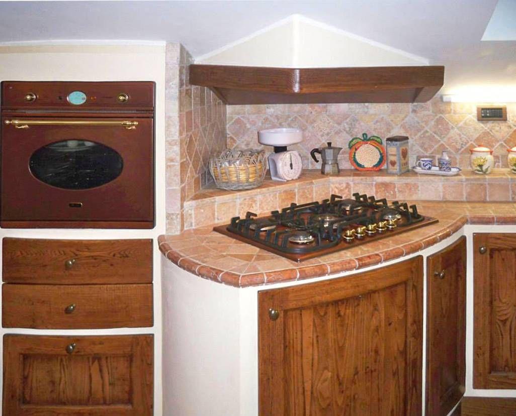 Cucine in muratura per piccoli spazi | Piani di lavoro cucina ...
