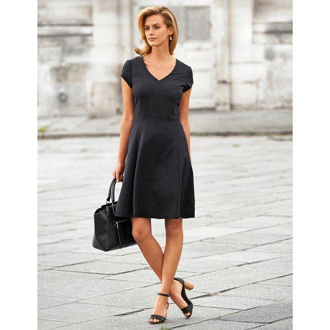 collection anne weyburn printemps t 2017 petite robe noire chic vas la coupe parfaite
