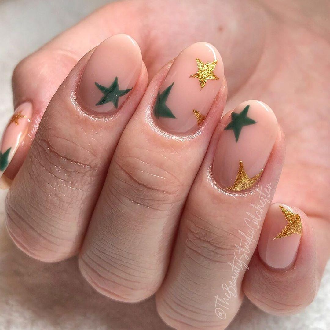 The Beauty Studio Christina On Instagram Christmas Stars Prep Navyprotools Navy Code Chr In 2020 Star Nail Art Star Nails Nail Art Designs
