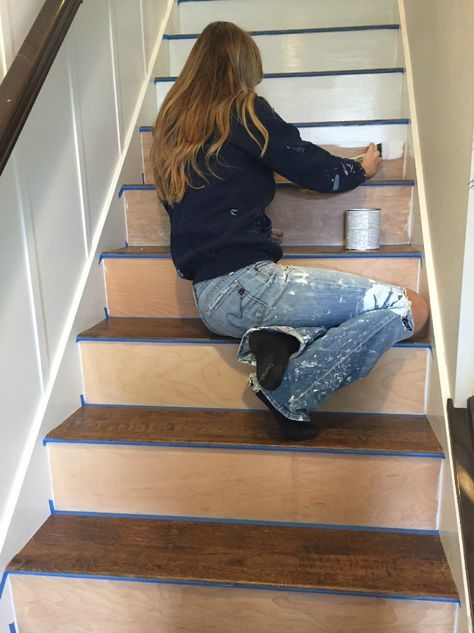 Attractive DIY Replacing Carpeted Stairs With Laminate Flooring.