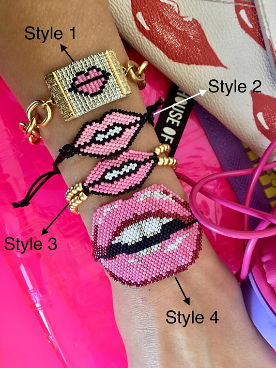 Lips Bracelet - Kiss Bracelet - Pink Seed Bead Bracelet - Inspirational Jewelry - 3d Bracelet - Miyuki Bracelets - Delicate Beaded Bracelets #jewelry